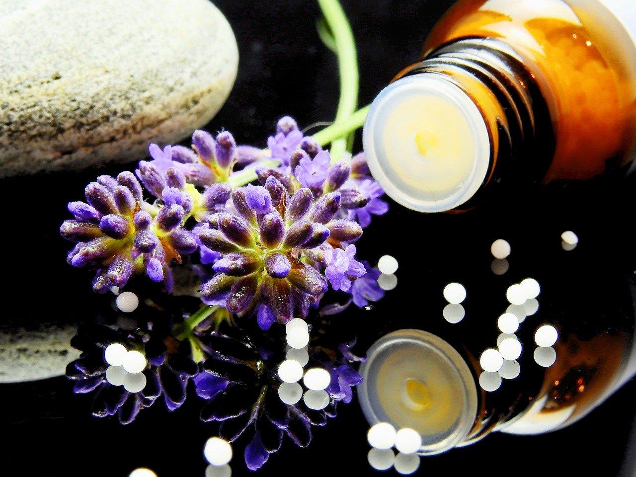 Dr. med. Müller-Wohlfahrt setzt Homöopathie ein